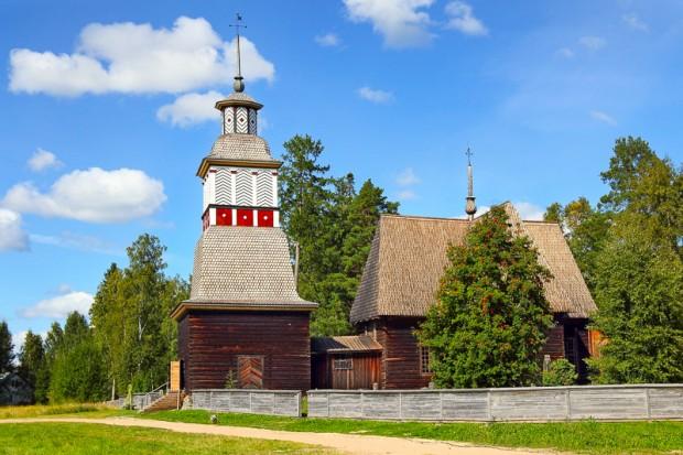 die-alte-kirche-von-petaejaevesi
